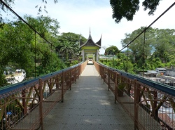 Limpapeh-brug