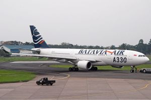 Een Airbus A330 van Batavia Air