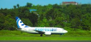 Een Boeing 737-500 van Express Air