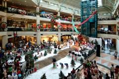 Kerstversiering in winkelcentrum Plaza Senayan in Jakarta