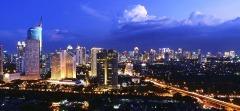 De skyline van Jakarta; een symbool van de economische ontwikkeling van Java