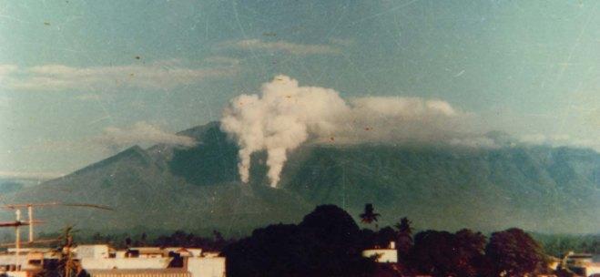De uitbarsting van de Galunggung in 1982, die bijna leidde tot een grote vliegramp.