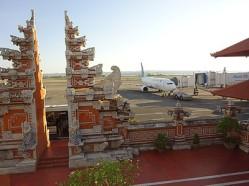 bali-airport-architectuur