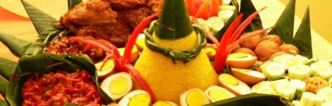 tumpeng-nasi-kuning