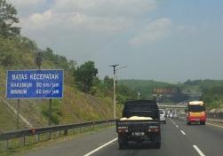 Snelheidslimiet tolweg.jpg
