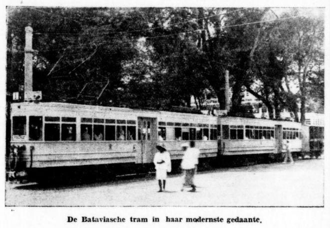 De tram in haar modernste gedaante 1936.PNG
