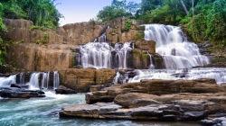 Parangloe waterval.jpg