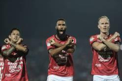Bachdim Comvalius Velden Bali United.jpg