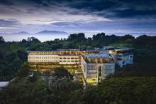 Padma hotel Bandung.jpg