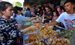 Pasar Takjil Benhil