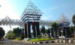 Toegangspoort Undip Semarang