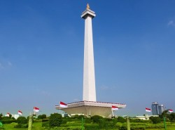 Monas Jakarta.jpg