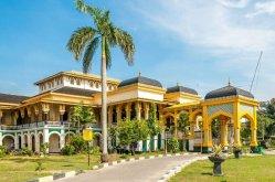Paleis Medan Istana Maimun.jpg