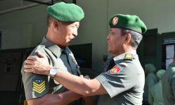 Sergeant-majoor TNI AD.jpg